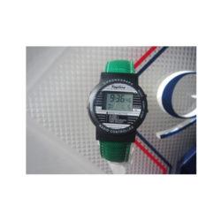 Funkarmbanduhr schwarz mit grünem Perlonarmband